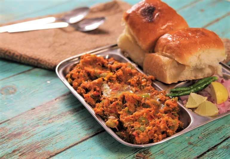 Pav bhajji recipe butter pav bhajji recipe street style pav bhaji india food network india ifn hindirecipeslunchsnacksdinner forumfinder Image collections