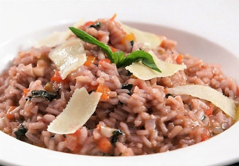 Tomato basil risotto recipe italian basil rice recipe ifn india food network india one pot mealsrecipeslunchveg lunchdinnerveg dinnervalentines day forumfinder Choice Image