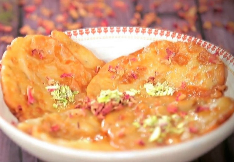 Malpua recipe how to prepare malpua malpua rabdi recipe ifn india food network india ifn hindirecipesindian sweetsdessertsfestive forumfinder Images