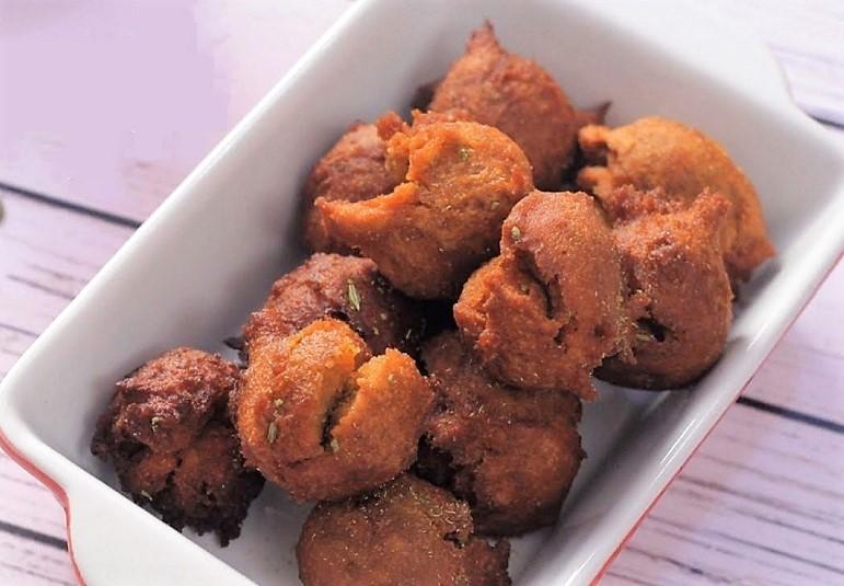 Gul gule recipe maratharian jaggery sweet dumpling pua recipe ifn india food network india ifn marathirecipesvegdessertsholi forumfinder Choice Image