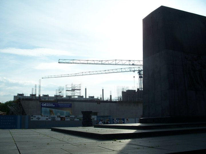 "<p><span class=""caps"">POLIN</span> Museum under construction in 2010, with the monument to the Warsaw Ghetto Uprising in the foreground, photo by the&nbsp;author. </p>"