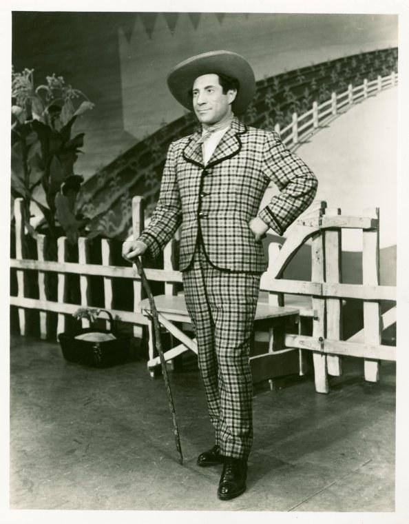 <p>Joseph Buloff as Ali Hakim in<em>Oklahoma!</em></p>
