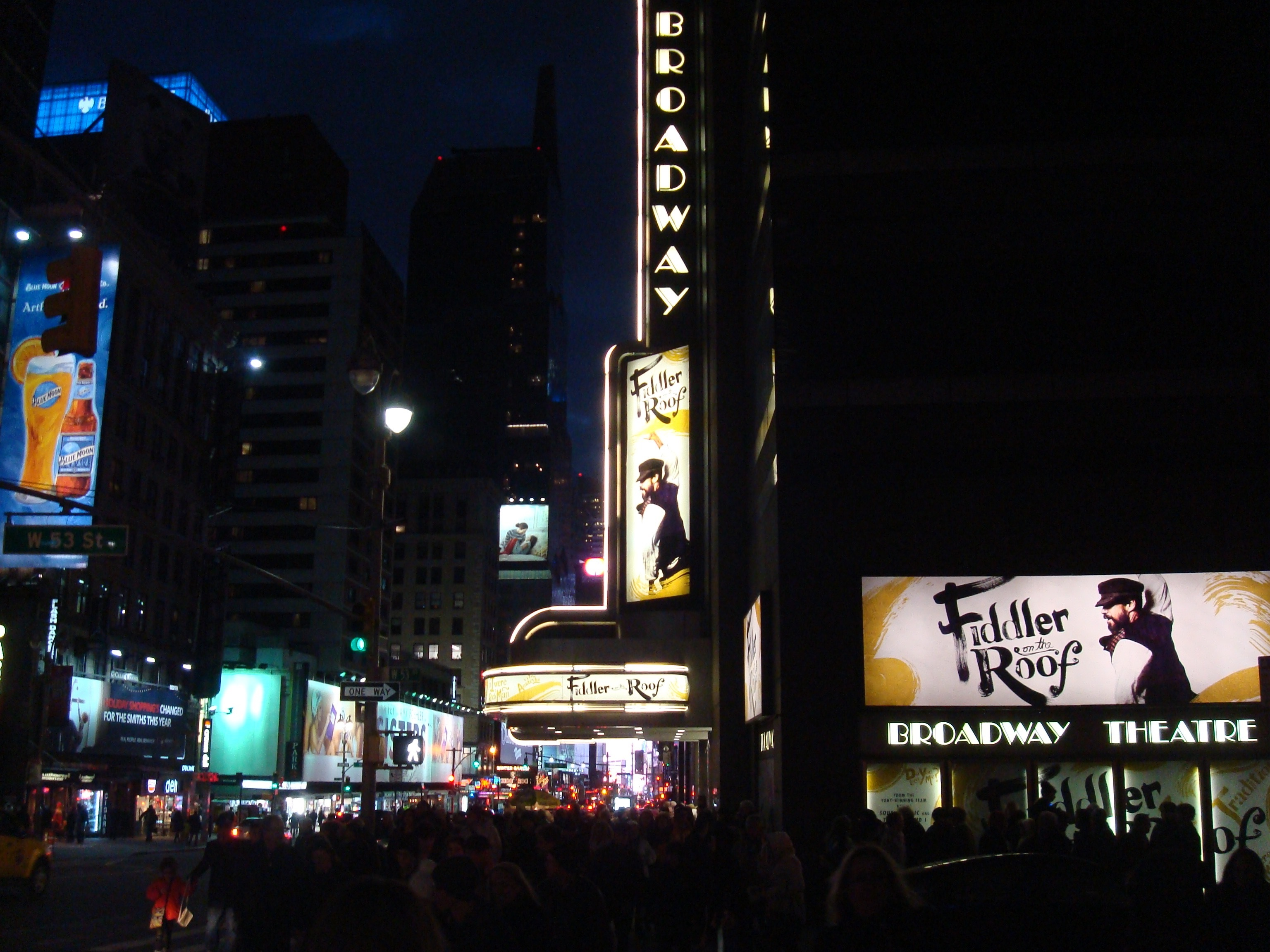 Second Avenue Meets Broadway New York S Yiddish Theater