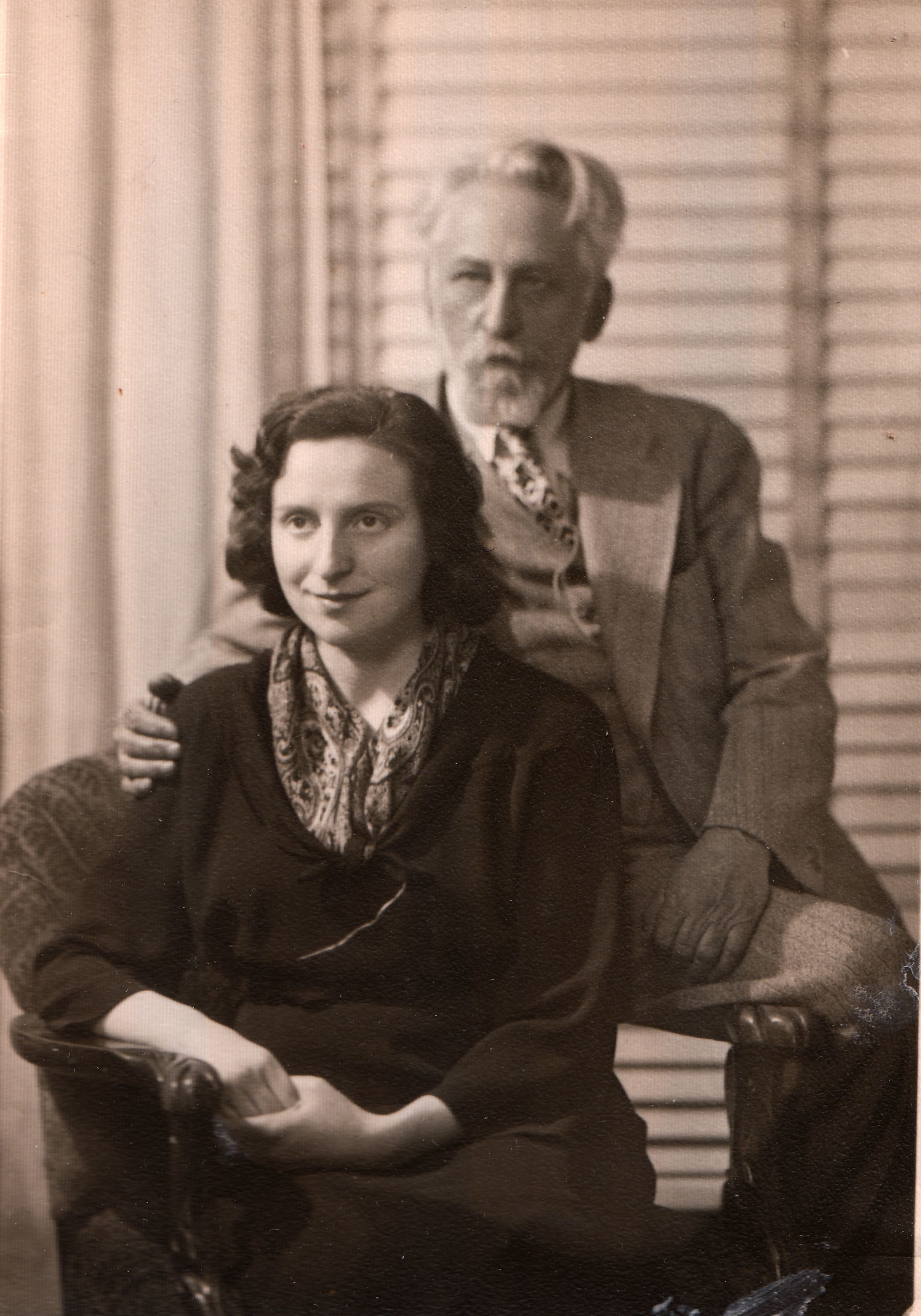 <p>Chava and Harry Hershman, her Canadian publisher, Montreal, 1950, via&nbsp;chavarosenfarb.com</p>