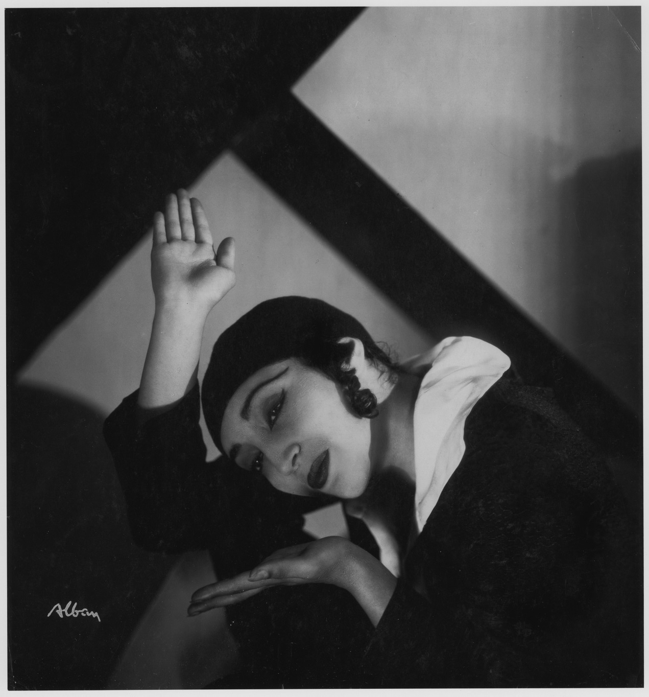<p><em>Pauline Koner in Chassidic Song and Dance (1931). Photograph: Aram Alban. Courtesy of the Jerome Robbins Dance Division, the New York Public Library for the Performing Arts, Astor, Lenox and Tilden&nbsp;Foundations.</em></p>