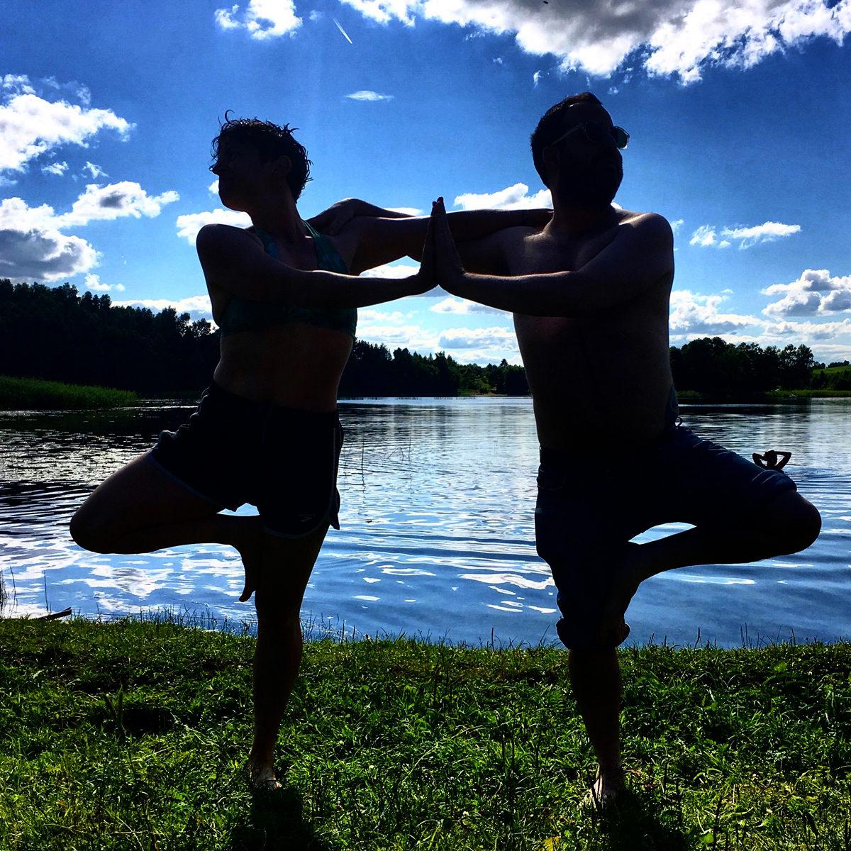 <p>Alexx Shilling and Rob Adler Peckerar on Boksze Lake, Poland, July 2017. Photo: Lydia&nbsp;Ivanovic.</p>