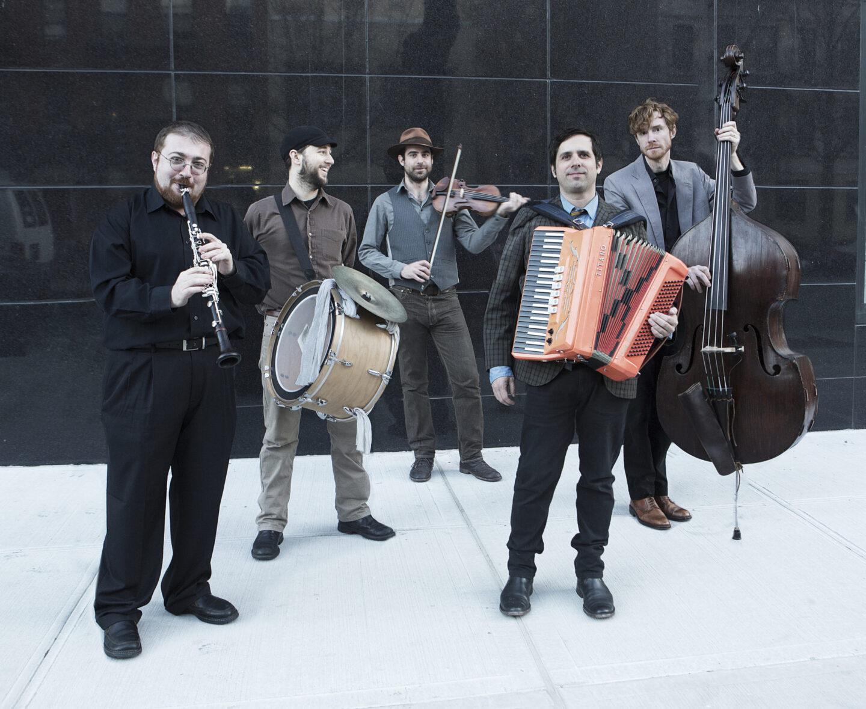 <p>Zisl Slepovitch (far left) and the members of Litvakus. (Photo: Anya&nbsp;Roz)</p>