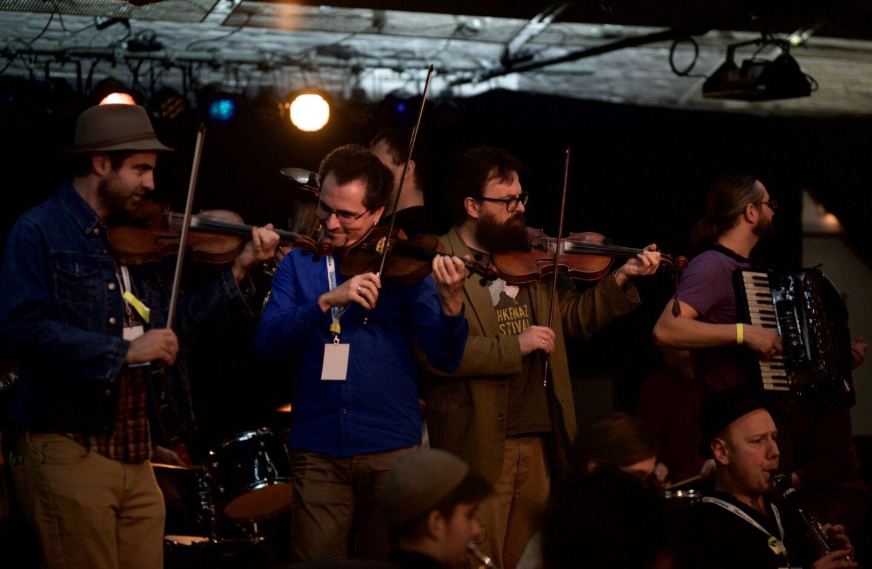 <p>Musicians Craig Judelman, Mark Kovnatskiy, Mitia Khramtsov, and Ilya Shneyveys at the Shtetl Neukoelln Festival. Photo by Shendl&nbsp;Copitman.</p>