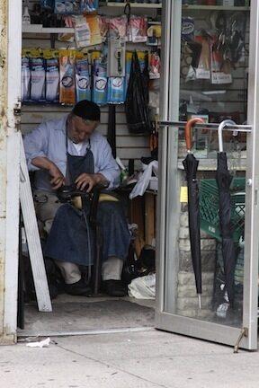 "<p><em>Arbet makht dos lebn zis</em>. Work makes life sweet. Image via <a href=""http://www.shulamitphotography.com/"">Shulamit Seidler-Feller</a></p>"
