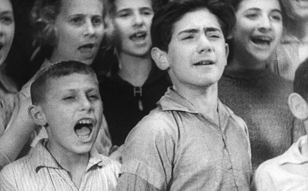 <p>Still from : <em>Children Must Laugh/Mir Kumen On</em> (dir. Alexander Ford, Poland,&nbsp;1935).</p>