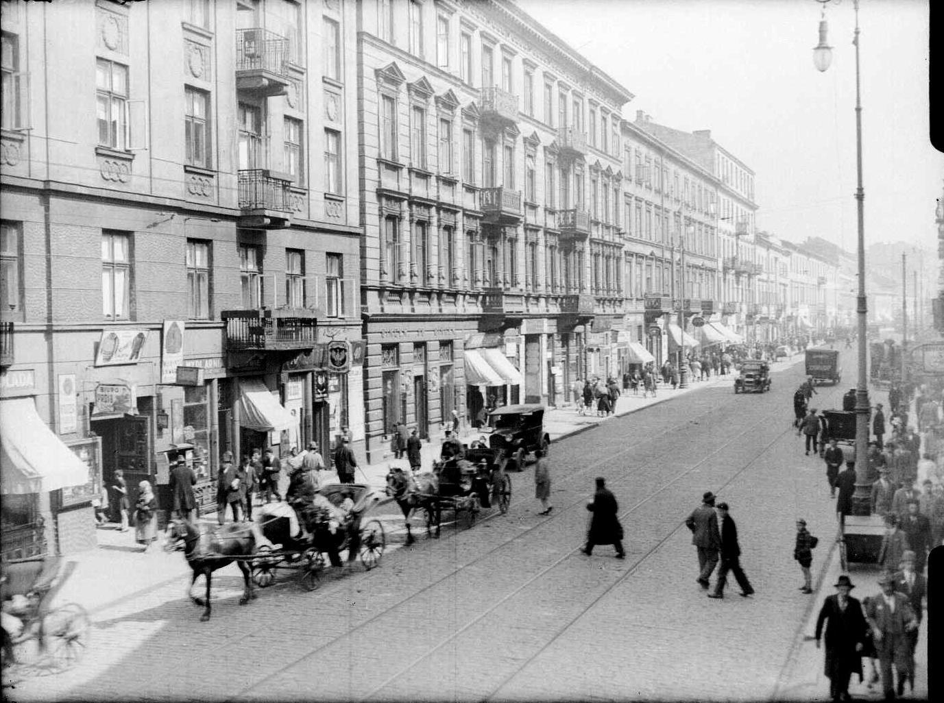 <p>Nalewki Street,&nbsp;1930s.</p>