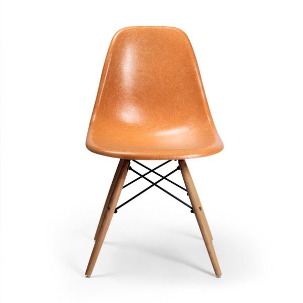 Molded Fiberglass Chair - DFSW (White)