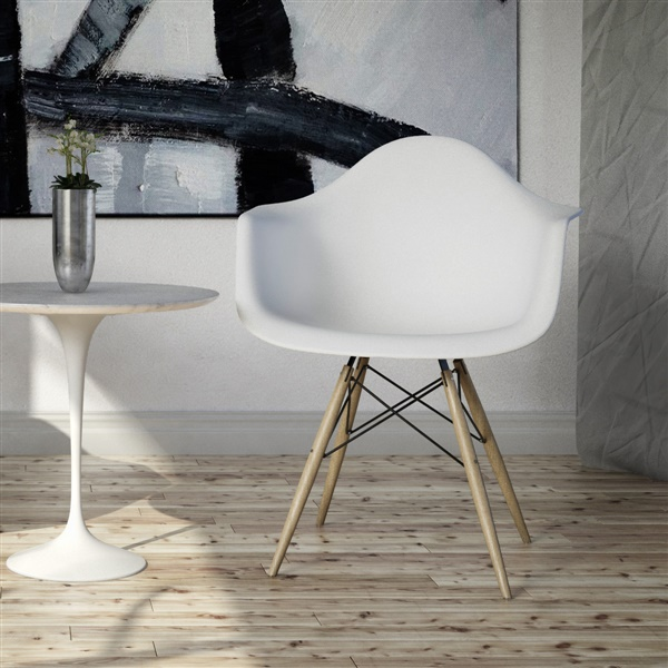 Molded Plastic Armchair with Wood Legs (Matte White/Natural)
