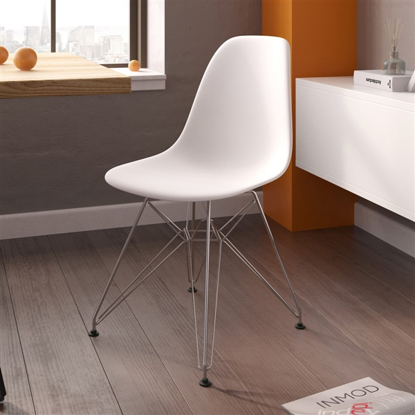 Exceptionnel Molded Plastic Eiffel Side Chair
