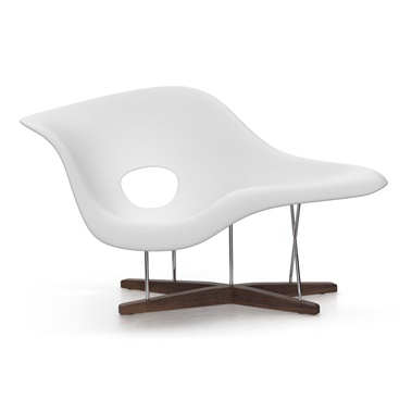 . Modern Chaise Lounges