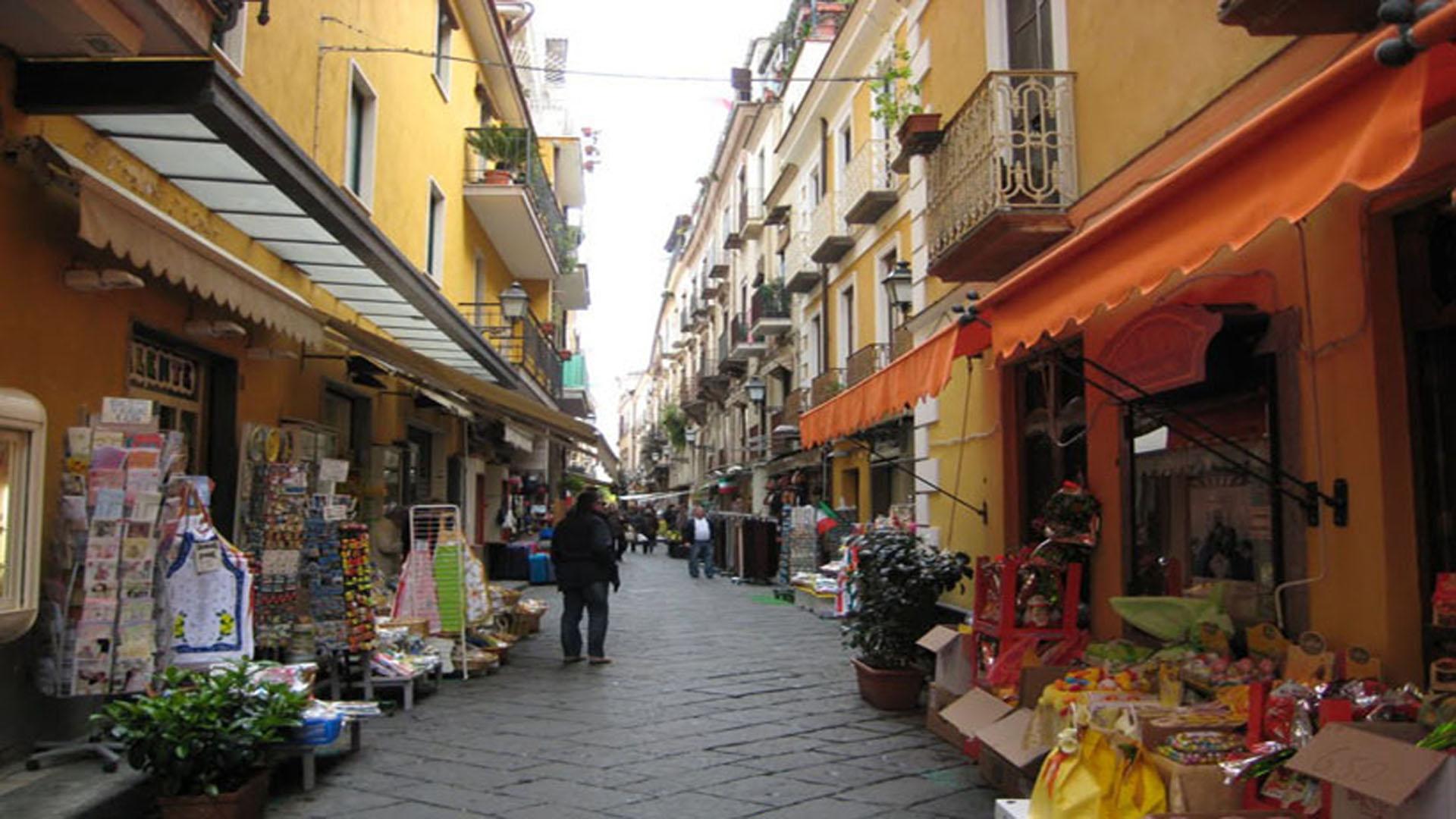 Город Сорренто в Италии: достопримечательности, туры ...