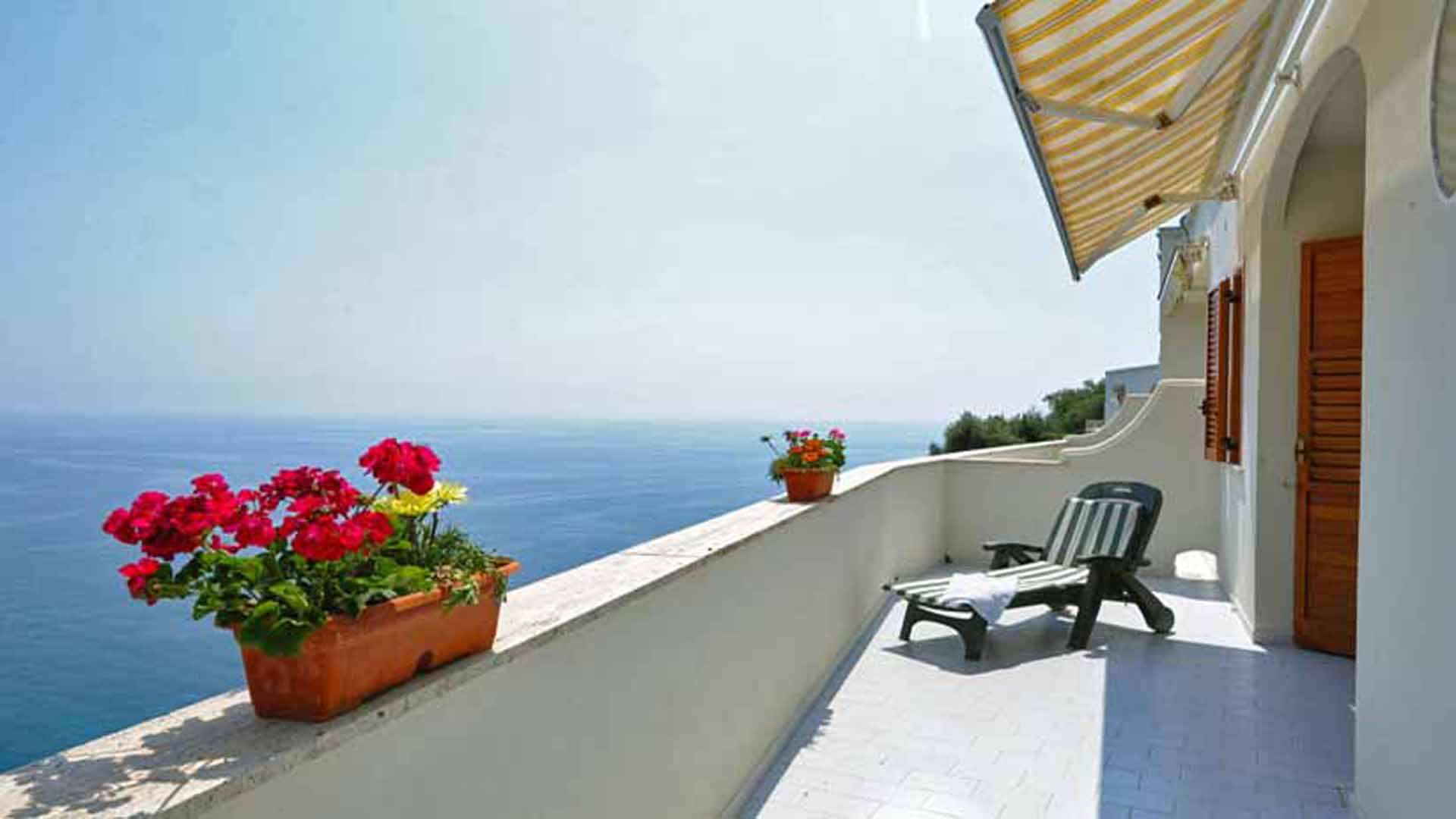 Il Mare terrace with sea view