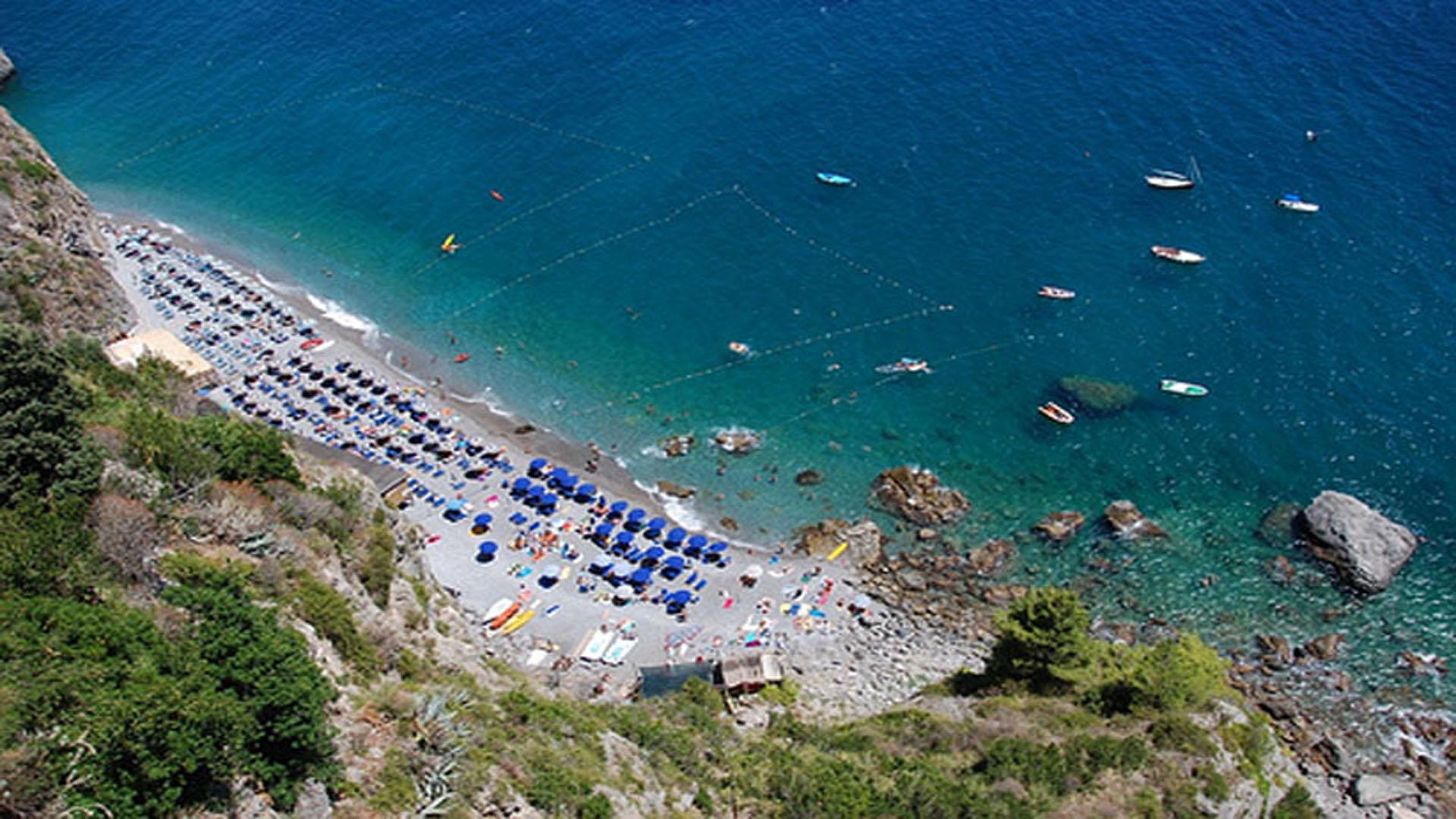Amalfi il Duoglio beach
