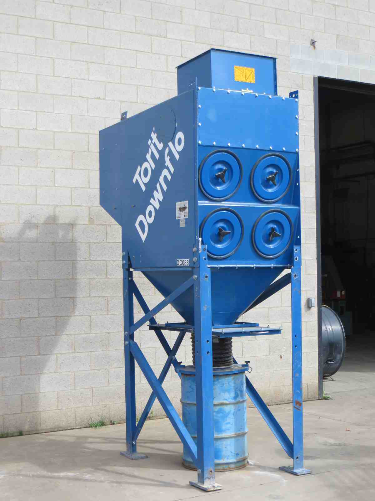 4 000 Cfm Torit Used Dust Collector Alan Ross Machinery