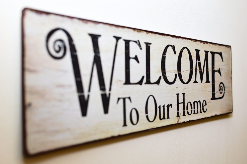 inspire-closinggifts-welcomesign1