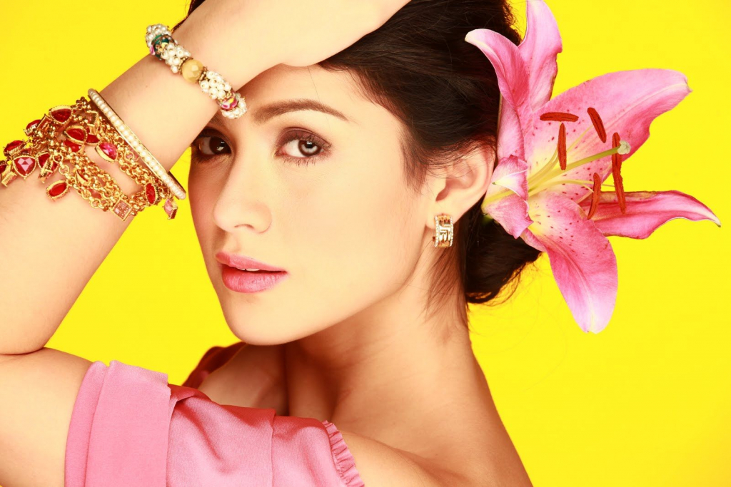 Carla Abellana | 8 Stunning Filipino Actresses You Need To Know About | InstantHub