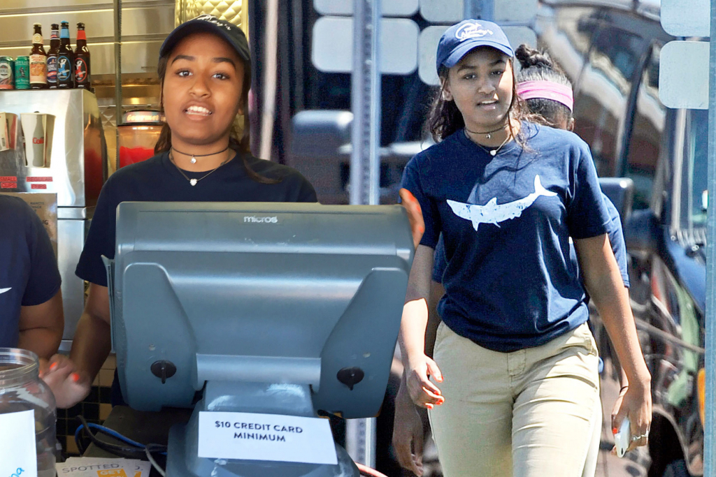 She once worked as a cashier at a restaurant | 6 Surprising Facts About Sasha Obama | InstantHub