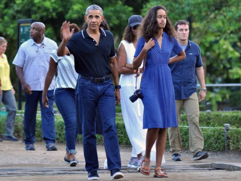 She's over 6 feet tall | 8 Surprising Facts About Malia Obama | InstantHub