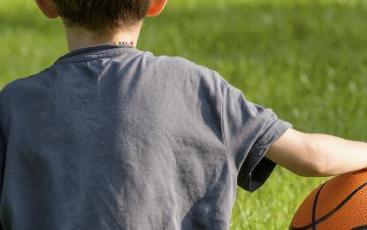 Escolares chilenos tienen bajísimo cumplimiento de la recomendación diaria de actividad física.