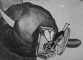 Screenshots from the 1924 Bray Studios cartoon Col. Heeza Liar