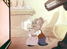 Screenshots from the 1938 Warner Brothers cartoon The Mice Will Play