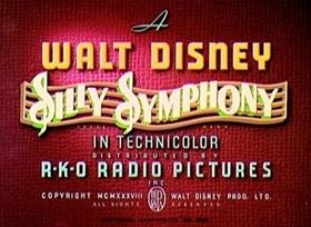 Screenshots from the 1938 Disney cartoon Merbabies
