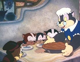 Screenshots from the 1940 Walter Lantz cartoon Kittens