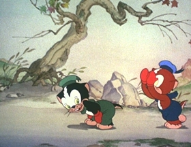Screenshots from the 1940 Walter Lantz cartoon Kittens