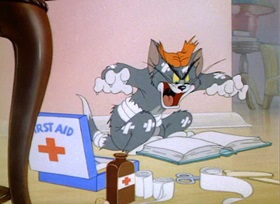 Screenshots from the 1944 MGM cartoon Mouse Trouble