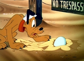 Screenshots from the 1945 Disney cartoon Canine Patrol