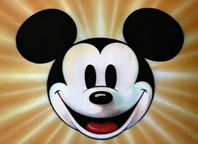 Screenshots from the 1946 Disney cartoon Squatter