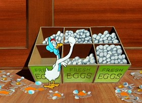 Screenshots from the 1950 Warner Brothers cartoon An Egg Scramble