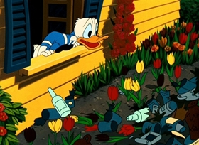 Screenshots from the 1953 Disney cartoon The New Neighbor