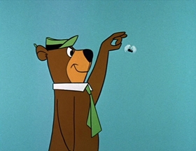 Screenshots from the 1961 Hanna-Barbera cartoon Bears and Bees