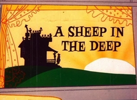 Screenshots from the 1962 Warner Brothers cartoon A Sheep in the Deep