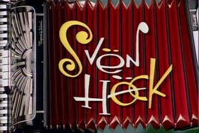 Screenshots from the 1992 Spumco cartoon Svën Höek