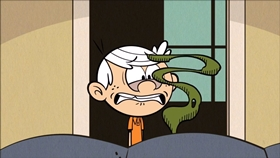 Screenshots from the 2016 Nickelodeon cartoon Project Loud House