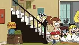 Screenshots from the 2016 Nickelodeon cartoon A Novel Idea