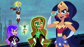 Screenshots from the 2018 Warner Bros. cartoon #TheLateBatsby