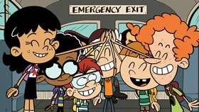 Screenshots from the 2021 Nickelodeon cartoon No Bus No Fuss