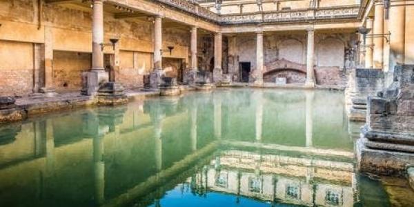 Bath Treasure Hunt with 20% off at the finishing Treasure (the pub)