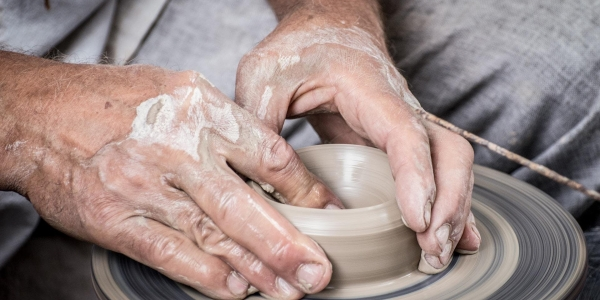 Evening Classes — Throwing a Ceramic Pot