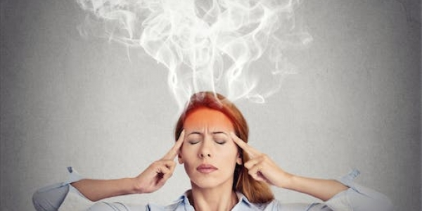 Safely and Effectively Manage The Symptoms of Headaches and Migraines