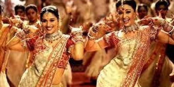 'Bollywood' Royal Bachelorette Party!