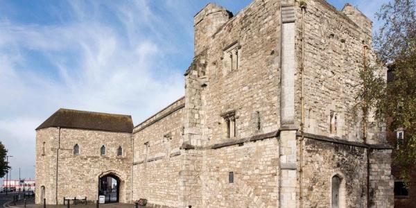 Southampton City Walls walk and God's House Tower visit